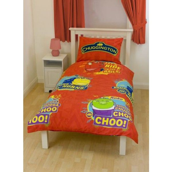 Dejligt og flot sengetøj til børn og voksne, med Chuggington motiv i rød. Serien foregår i den fiktive by Chuggington, og følger eventyret af 6 unge lokomotiver ved navn Wilson, Koko og Bruno. Disse fantastiske tog, er bare nogle af vennerne fra byen Chuggington