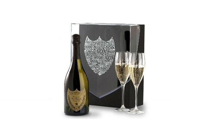Champagnebaren i Warszawa  Genom att samarbeta med den största importören av champagne - Champagnehuset, har New Orleans Gentlemen's Club förberett sitt exklusiva erbjudande, som består av berömda champagnesorter som bland annat cristal 2004, krug grande cuvée brut, dom pérignon vintage 2002, billecart-salmon cuvée nicolas françois billecart och ruinart rosé.   http://www.neworleans.pl