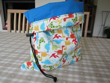 Le sac de rangement dinosaure - A 4 petits points