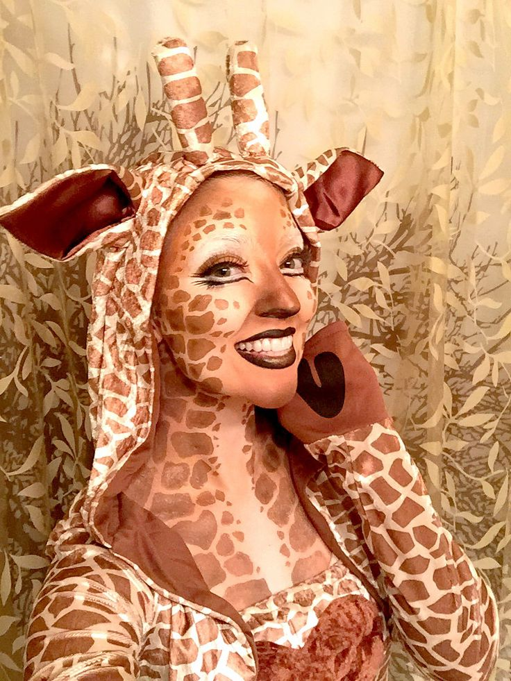 me being a playful giraffe it was so much fun doing my own makeup giraffe makeup special. Black Bedroom Furniture Sets. Home Design Ideas