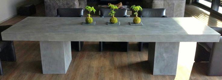 Beton Cire Tisch