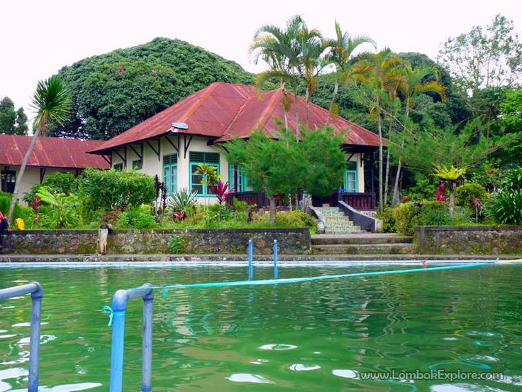 Desa Timbanuh (Timbanuh village), East Lombok, Indonesia. For more information, please visit www.LombokExplore.com