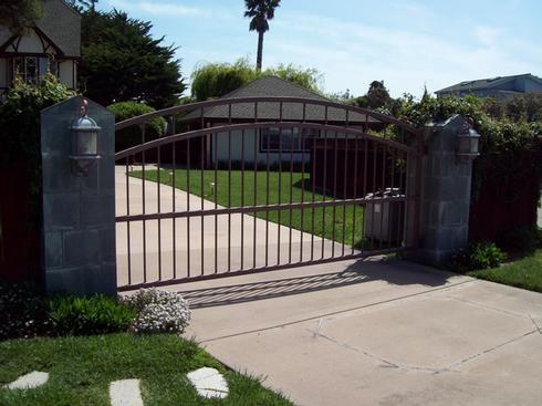 936 Arched Gate At Www Ccoigateandfence Com Driveway Gate