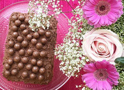 God chokladtårta med mandelbottnar