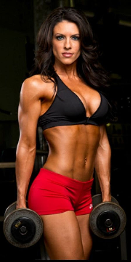 Female Form #StrongIsBeautiful #WomenLiftWeights2 Amanda Latona