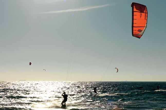 #ridecolorfully to try my hand at kite-surfing in Perth, Australia!