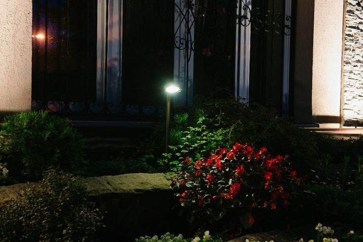 LD-Lighting accent spot lights on stems are ideal for these multi level flowerbeds. Lighting design by Belisama Lighting and the lighting designer Kamil Akhmedov.
