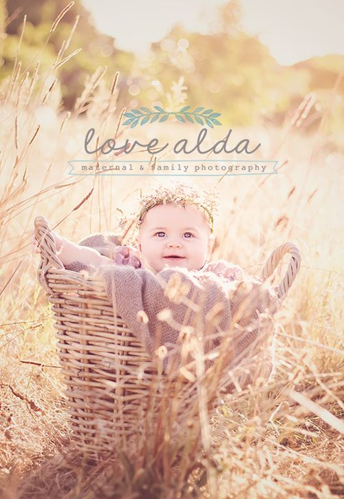 Children Kids Photography Baby in Basket Golden Hour Serier 2 www.lovealda.com
