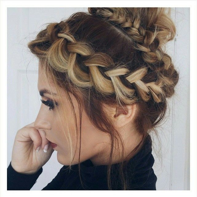 Just a picture for inspiration but doesn't look tooooo hard: just do a Dutch French braid using the hair a the front of your head. Make a bun with the rest of your hair and wrap the plait around the bun <3