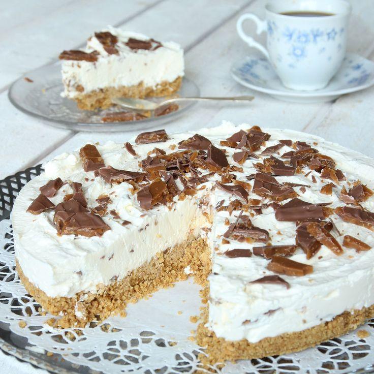 Magnifikt god, fryst cheesecake som kan förberedas ett par dagar innan den ska ätas.