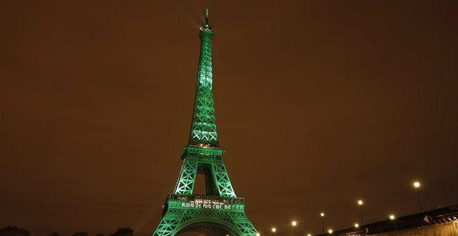 Κλειστός λόγω απεργίας ο Πύργος του Άιφελ μέσα στη χριστουγεννιάτικη σεζόν