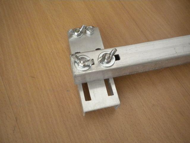 Самодельное приспосбление для ручного электролобзика , поддержка конца пилки (5).jpg