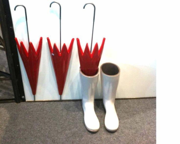 Umbrellas made of ceramic!!!