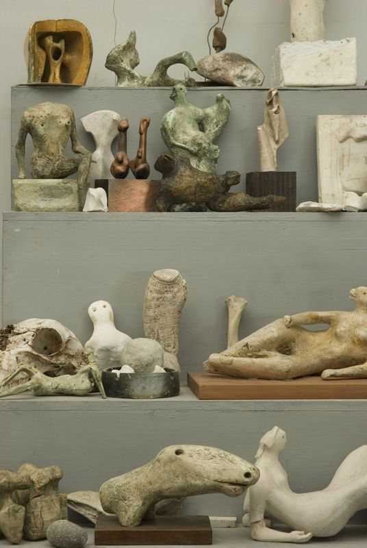 "Henry Moore(British, 1898 - 1986) ""Bourne maquette studio"" stellage in the studio"