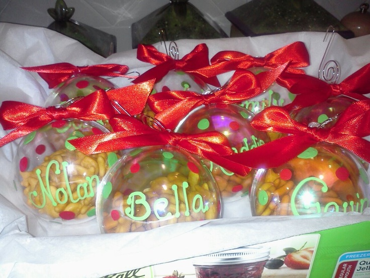 Personalized Acrylic Ornaments filled with Goldfish- I bought the small acrylic ornaments at Michaels. Cleaned them well, then painted them with red and green martha stewart acrylic paint. I made the red bows then hot glued them on the ornament after I personalized them and filled them with gold fish.. then added an ornament hanger and voila. Really easy class gift during the Holidays.Acrylics Baubles, Gift Ideas, Acrylics Painting, Goldfish Ornaments, Acrylics Ornaments, Ornaments Filling, Bows, Class Gift, Class Parties
