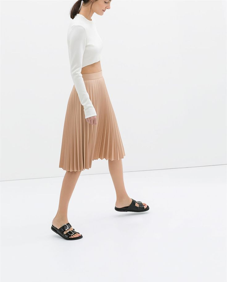 Image 3 of COATED PLEATED SKIRT from Zara