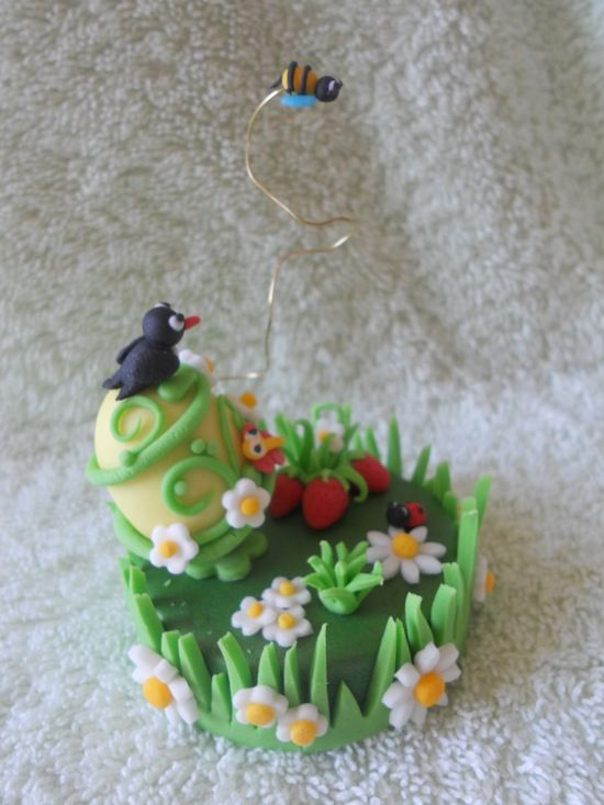 Cupcake și Paște prăjituri decorate cu pasta de zahar