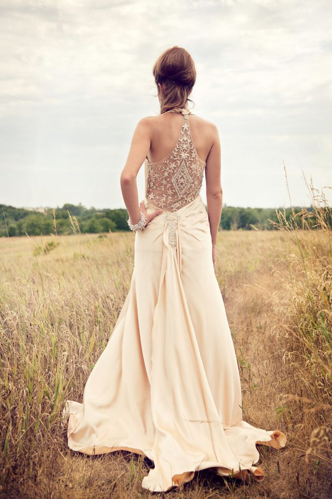 Now that's a fabulous back. Retro and Vintage Weddings by Paula Stanton: #weddingdress #vintage