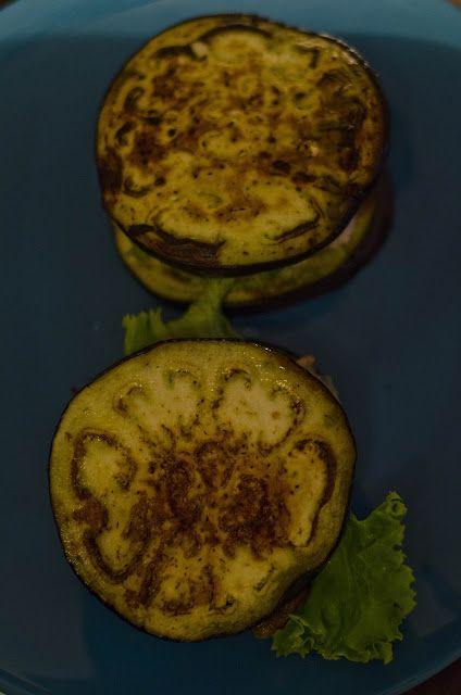 Panini di melanzana al tacchino e lattuga