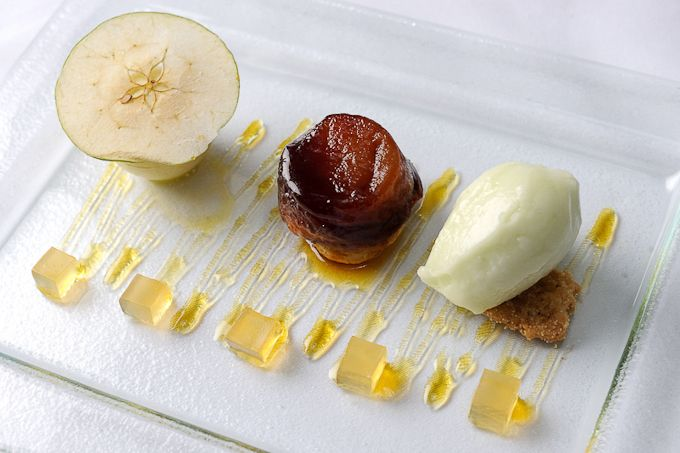Seven Park Place | Michelin-star restaurant from award-winning English chef William Drabble