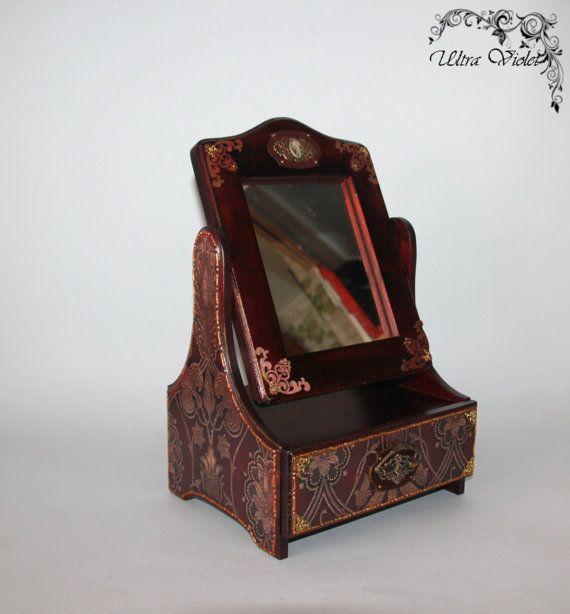 Kommode / Minikommode mit Spiegel Schatulle Box von UltroViolet