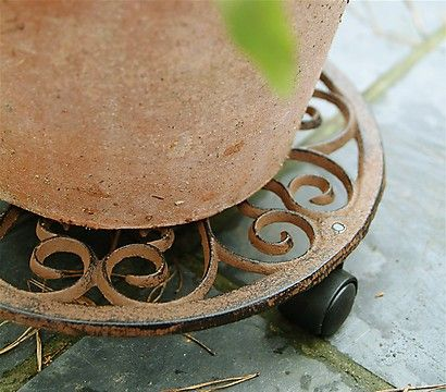 Esschert Gusseiserner roller coaster for flower pots, Ø 29 cm