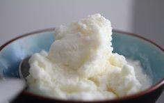 Gelato al limone - Il gelato al limone è un vero must dell'estate, uno dei primi gelati che sono stati prodotti e che non tramonterà mai, gustoso, fresco e rinfrescante per sopravvivere al caldo