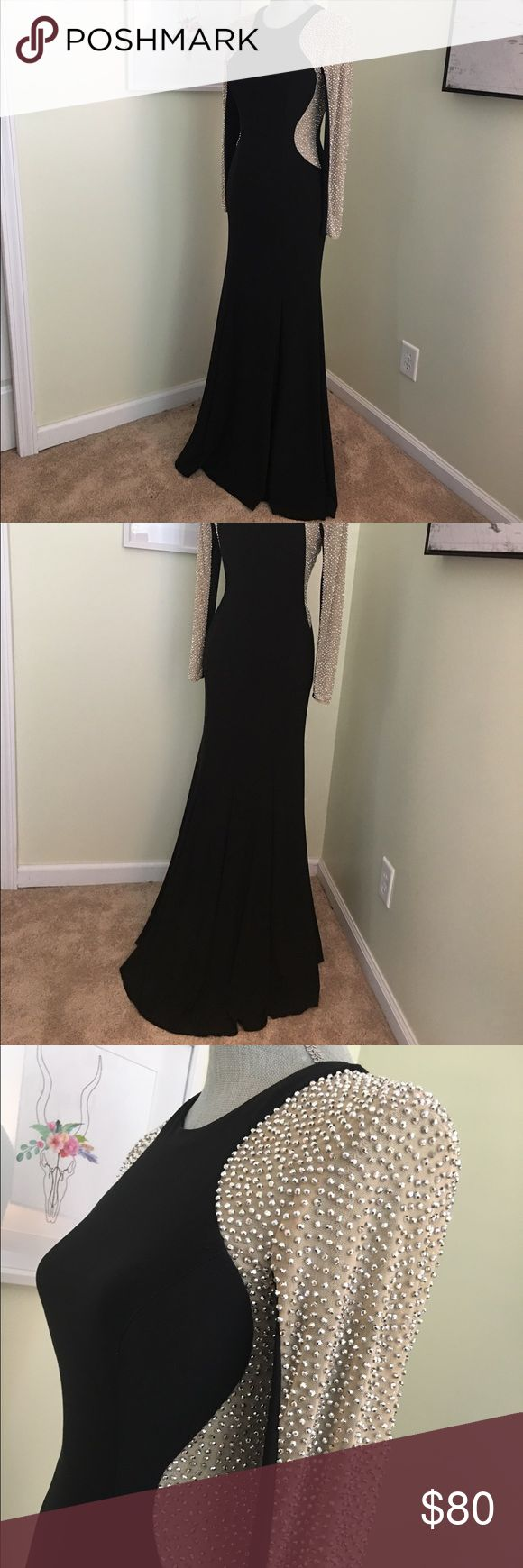 SUPER COMFY prom dress Extremely comfortable, stylish black prom dress size 4 but stretches, 57in long. $80 or best offer, make an offer!! carson-prarie scott Dresses Prom