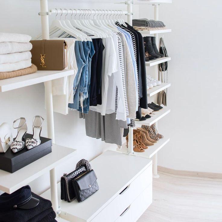 die besten 25 kleideraufbewahrung ideen auf pinterest wohnungsschrank organisation stauraum. Black Bedroom Furniture Sets. Home Design Ideas