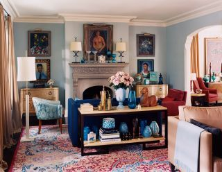 Traditional Living Room In Minneapolis, Minnesota Part 31