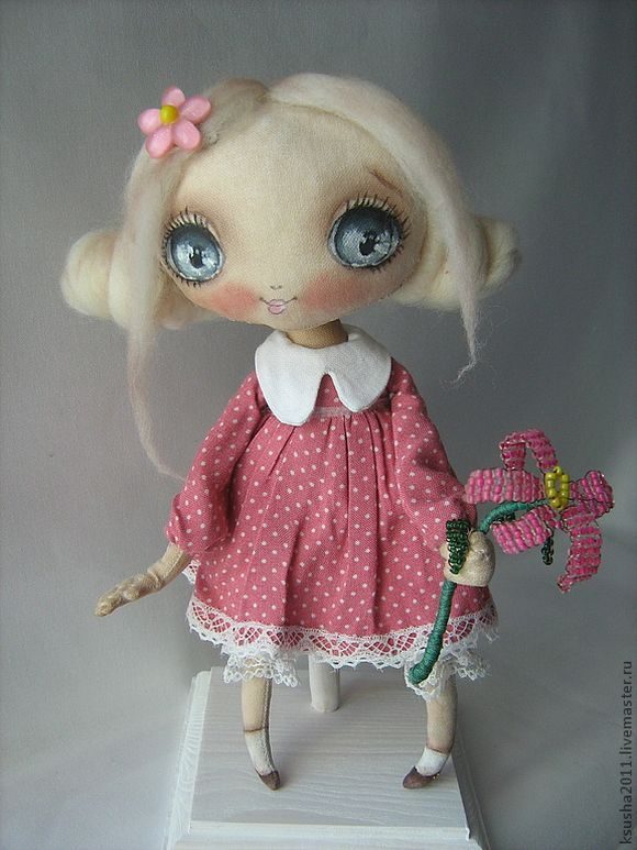 handmade doll - there's some lovely dolls here.