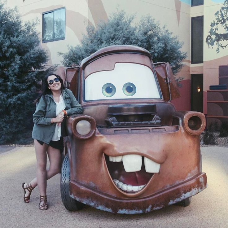 """brittany danielle (@lifeasbritt) on Instagram: """"like tuh-mater, but without the tuh."""""""