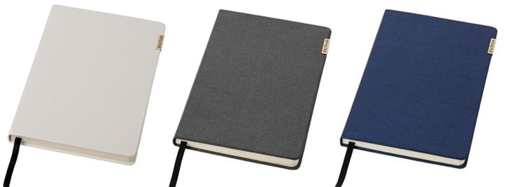 Office thermo-notitieboek. Met dit exclusief ontworpen A5 notitieboek van Balmain maakt u altijd een uitstekende indruk. Hoogwaardige kwaliteit in look and feel, afgewerkt met een Balmain logoplaatje. Met 80 vel gelinieerd papier (80 g/m2). Geleverd in Balmain geschenkdoos. Thermo PU.