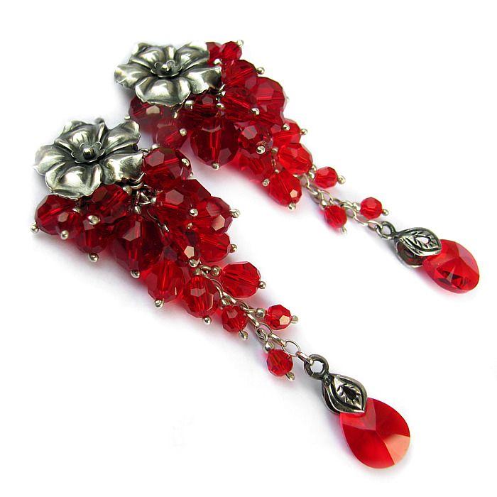 Cascade erarrings with sterling silver flower earstuds and lots of Swarovski crystals in red / Gronkowe kolczyki ze srebrnymi kwiatami i mnóstwem kryształów Swarovskiego w czerwieni