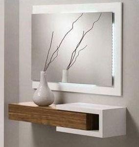 Recibidor con y sin espejos percheros recibidores for Espejos decorativos para recibidor
