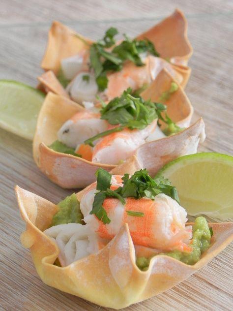 Cestitas de wonton (con guacamole, cangrejo, langostinos, lima y cilantro) | CocotteMinute