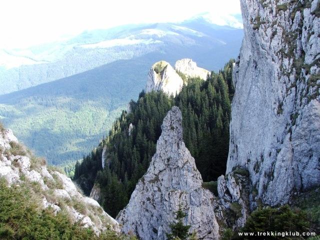 View from #Piatra_Mare_peak - #Transylvania