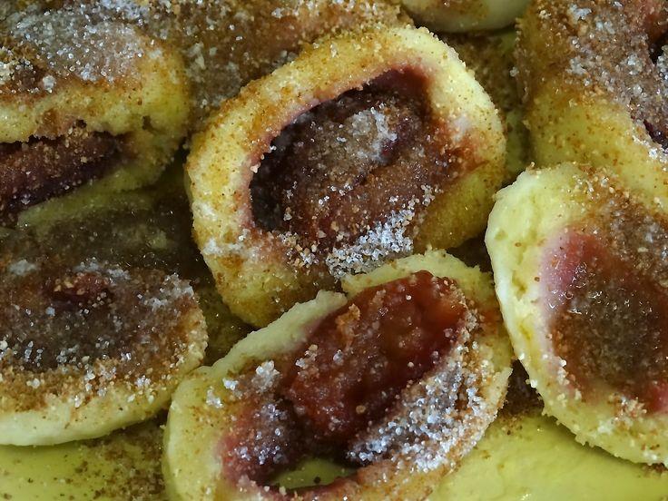 Švestkové knedlíky z bramborového těsta podle babiččina receptu