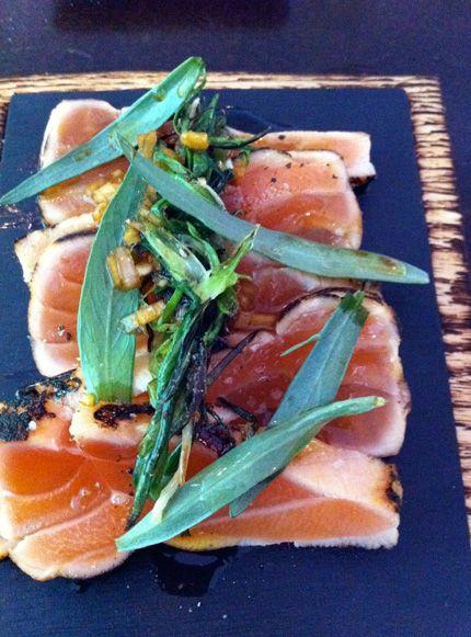 Fredagsgott: Sotad salmalax med brynt smör