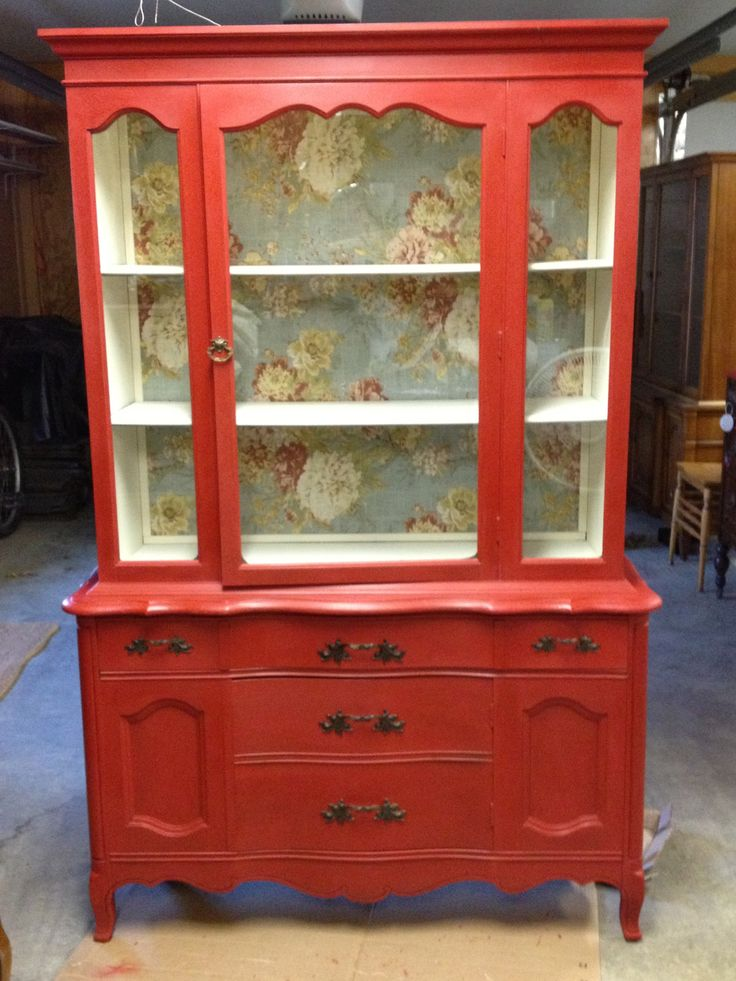 China Hutch Cabinet painted in CeCe Caldwell Chalk and Clay Paint https://www.facebook.com/fraleysmarket