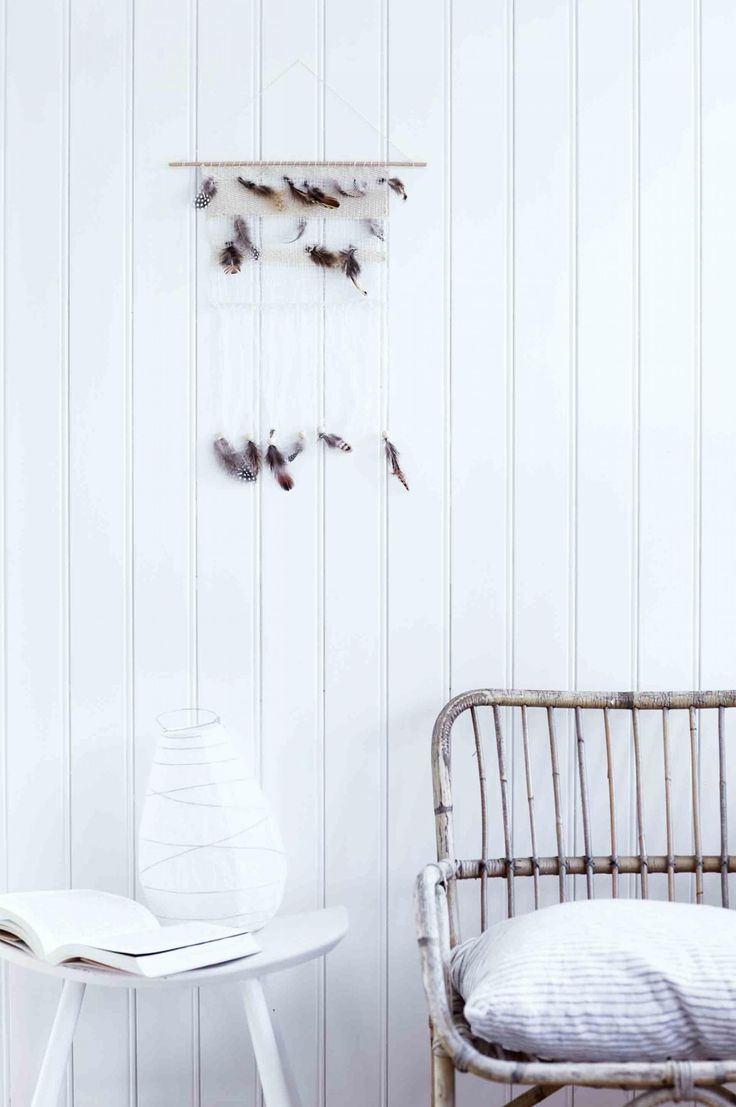 13 Feather craft ideas to try at home. Photography by Tia Borgsmidt. Styling by Mette Helena Rasmussen & Berte Solmunde. From the February 2017 issue of Inside Out Magazine. Available from newsagents, Zinio, https://au.zinio.com/magazine/Inside-Out-/pr-500646627/cat-cat1680012#/, Google Play, https://play.google.com/store/newsstand/details/Inside_Out?id=CAowu8qZAQ, Apple's Newsstand,https://play.google.com/store/newsstand/details/Inside_Out?id=CAowu8qZAQ, and Nook.