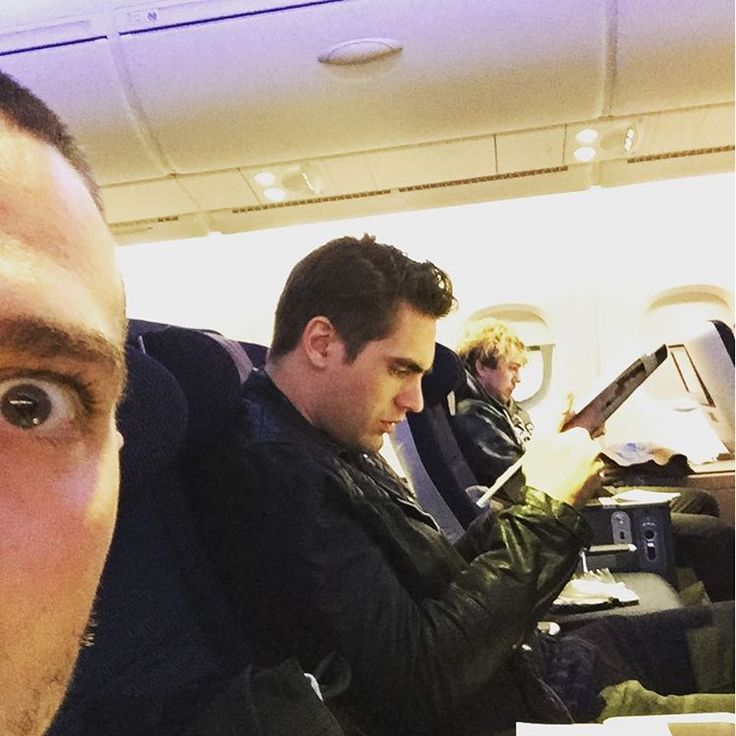 """""""Flying home for Christmas!!! Cool vibes all round! Cannot wait to get home now!"""""""