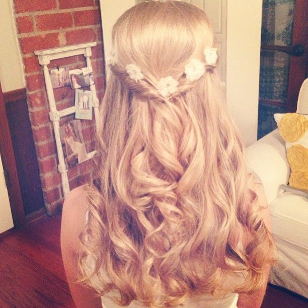 20 Perfect Half Up Half Down Hairstyles: Half-Up Half-Down: 15 Hairstyles Perfect For Prom