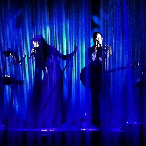 Mariqueen Maandig- Reznor & Trent Reznor (How To Destroy Angels)