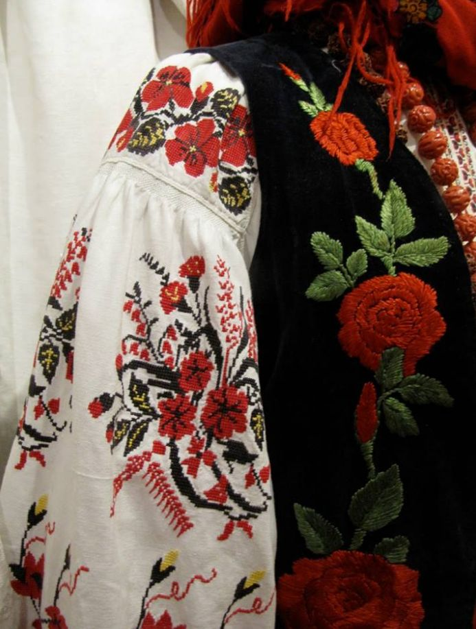 invitation to wedding ukrainian textiles and traditions%0A Ukraine  from Iryna