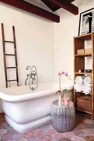 image quarter bamboo bathroom stool in actress ellen pompeos home designer martyn lawrence bullard used a metallic side table and