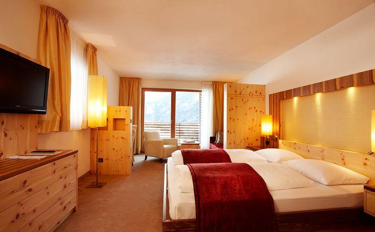 Hotel St. Vigil in Enneberg - 4 Sterne S Bella Vista Hotel Emma - Kronplatz