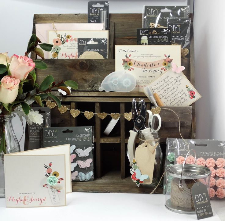 We love our cute vintage desk set, it work perfectly with our vintage inspired invitations suite and accessories!