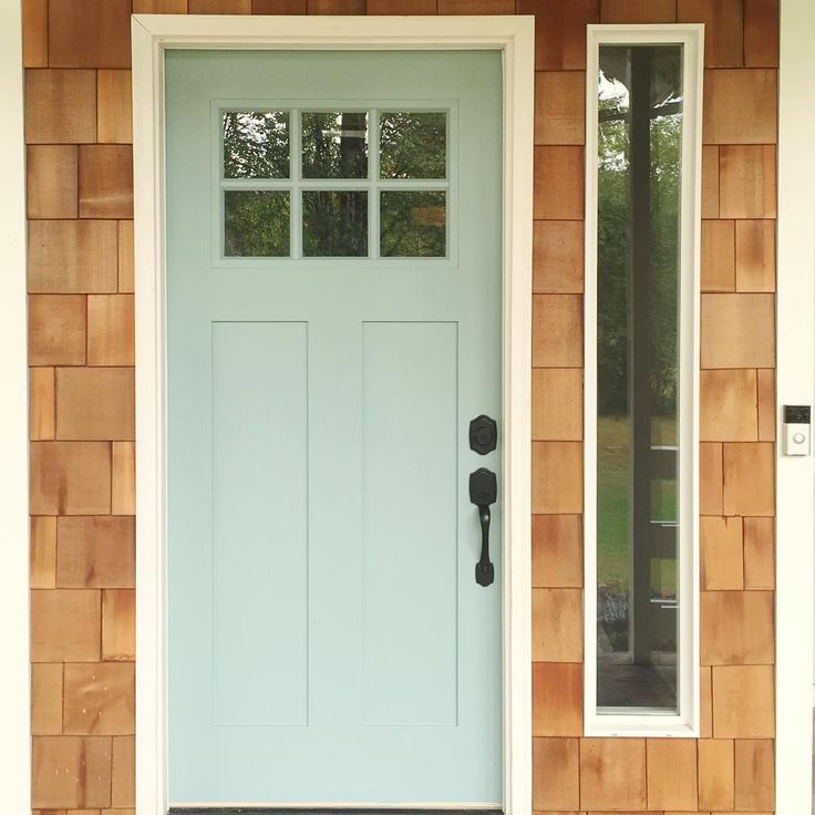 Farrow and Ball Dix Blue front door: Click through for Farrow and Ball's Top 15 Panted Front Doors on Modern Country Style