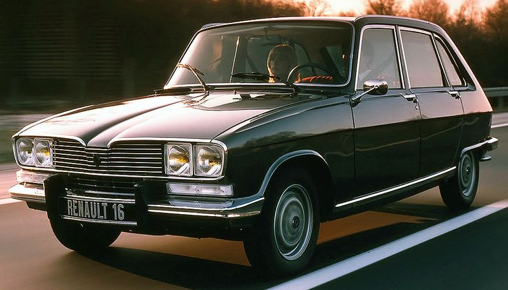 Renault 16. What was it about French cars of this time? Weren't satisfied unless they were really quirky. A neighbour had one of these when I was young. That roof always made me laugh, as did the bench seat and dashboard mounted gear lever